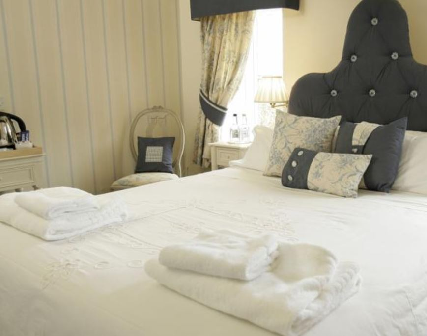 Comfy bed at hotel in Ross on Wye