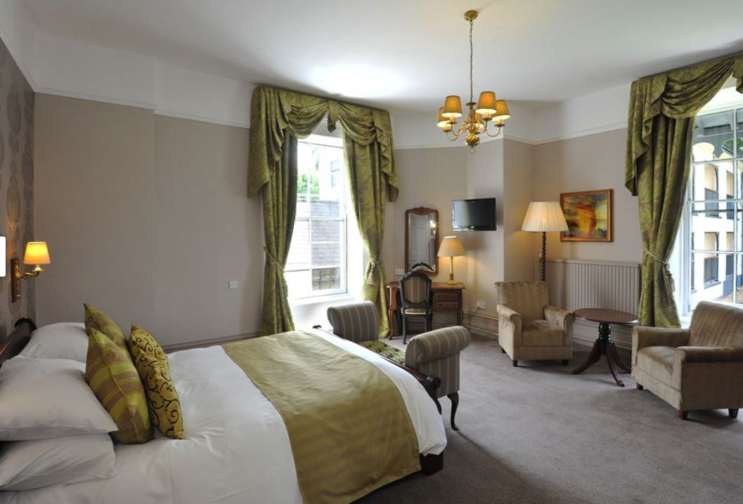Double room at hotel in Ross on Wye