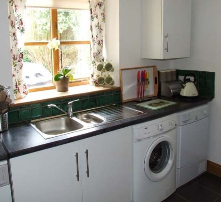 Kitchen are at self catering studio Ross on Wye