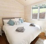Double room at self catering log cabin Ross on Wye