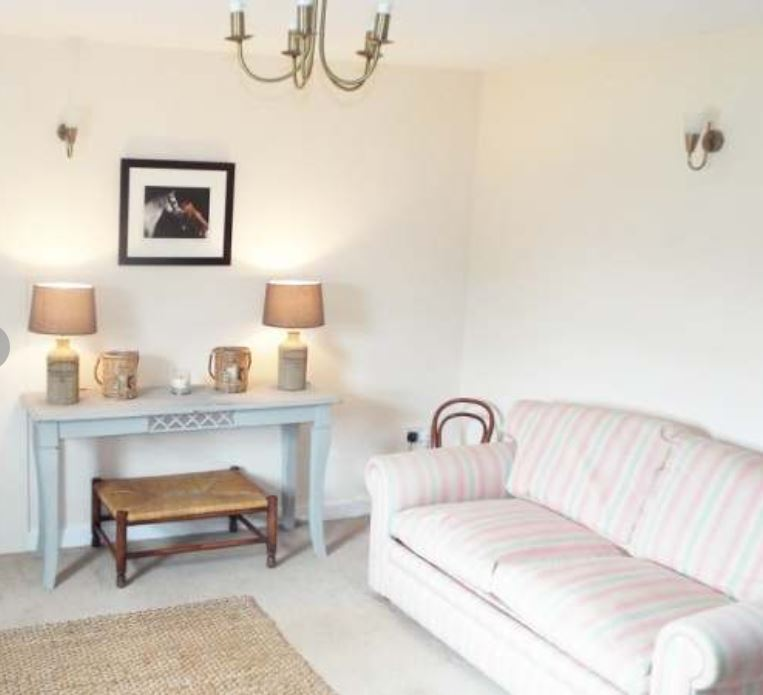 Living room at self catering Ross on Wye